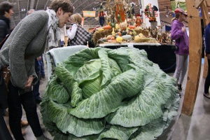 Carnivorous Cabbage - this woman's bones and handbag were later discovered in a bin liner behind the trader's stall.